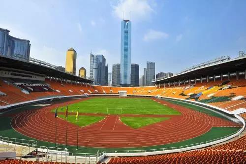 广州足球场地图片