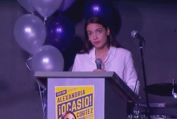 澳门赌场网址:她成为美国史上最年轻国会女议员,一年前还在酒吧工作