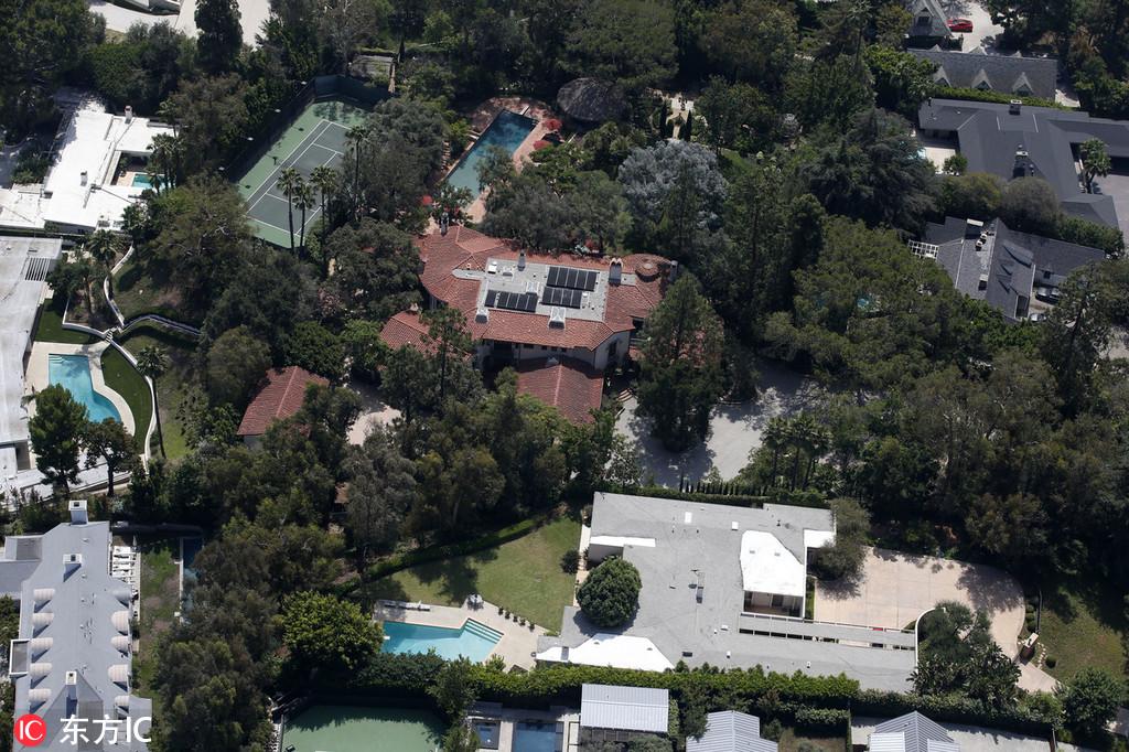 世界首富杰夫-贝佐斯宣布离婚 最富有大亨豪宅