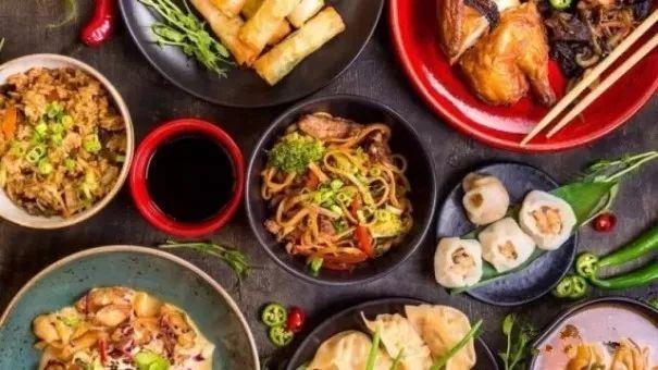 美国名厨主持人骂中餐厅菜难吃,引华人及餐饮界人士不满